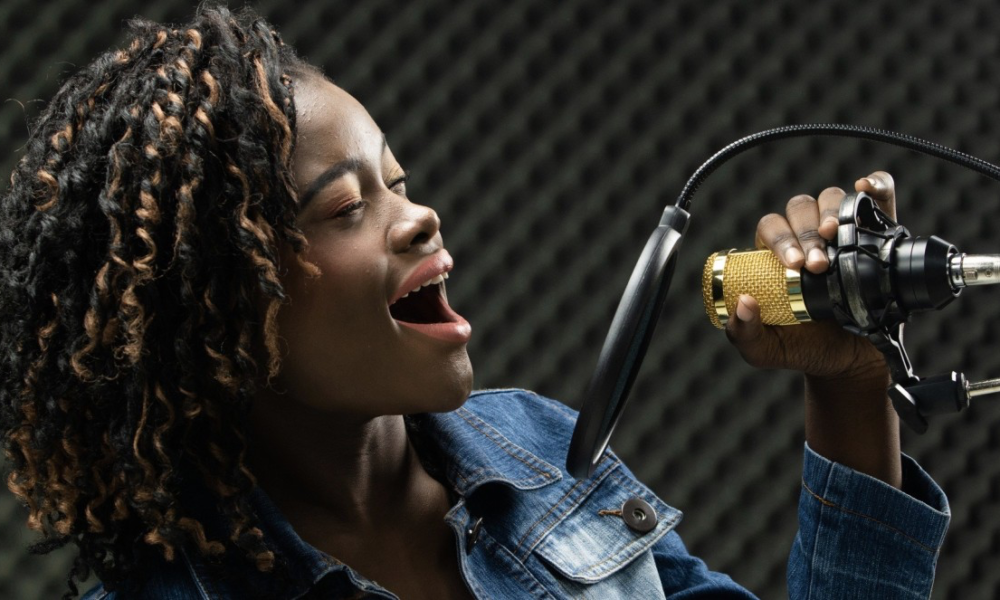 A Teenage View: 6 Reasons Why Podcasts Smashed It This Summer